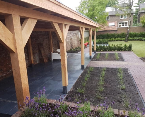 Overkapping in tuin Hintham