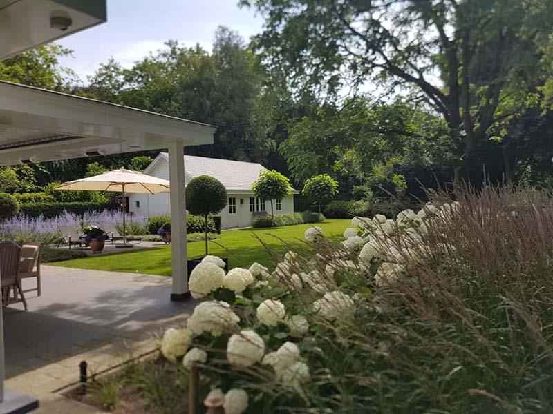 Tuinrenovatie villa franse sfeer Tilburg